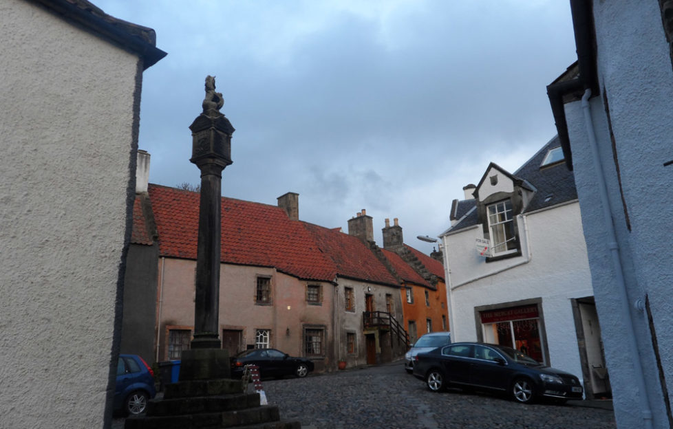 Culross Tron Square