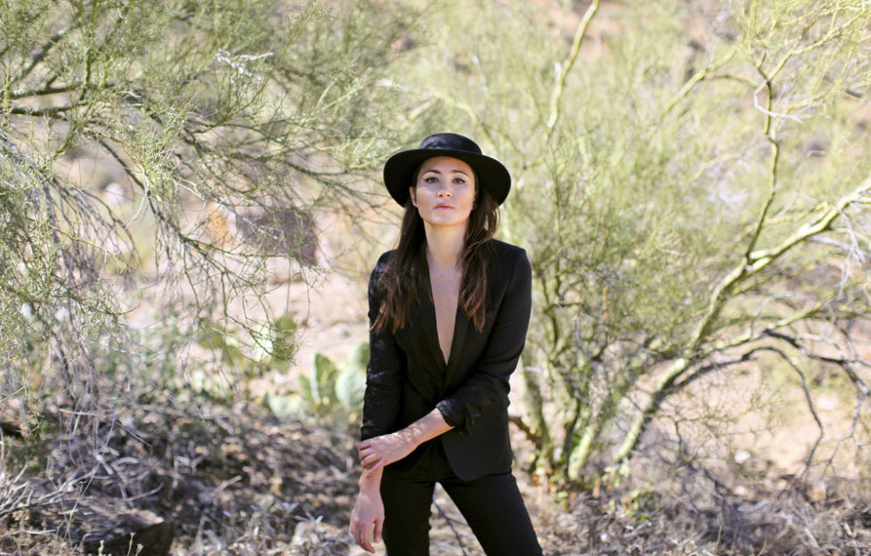 A photoshoot in the desert (Pic: Jane Mingay)