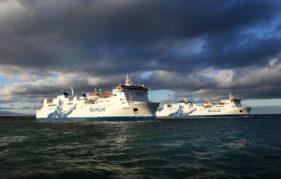The Hjaltland and The Hrossey set sail