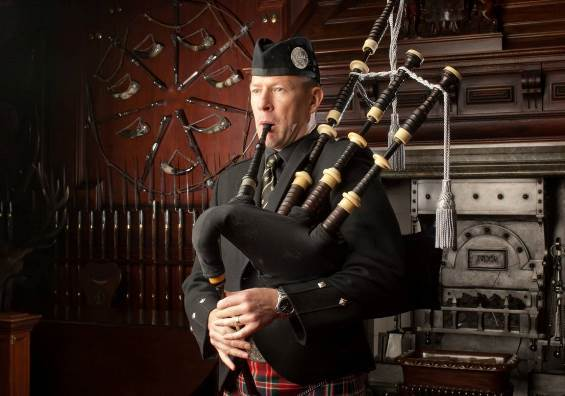 Iain Speirs will be defending his title at the Glenfiddich Piping Championship this weekend