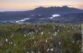 Quinag, seen beyond Loch Assynt, Sutherland. Photo: Joe Cornish/2020VISION