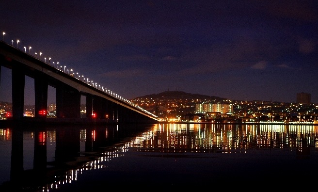 Dundee by night. Photo by Kris Millar