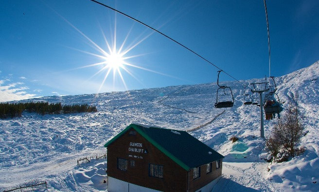 A sunny day at Glencoe. Image copyright Ski-Scotland and Steven McKenna Photography