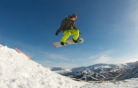 Snowboarding at Glenshee. Image copyright Ski-Scotland and Steven McKenna Photography