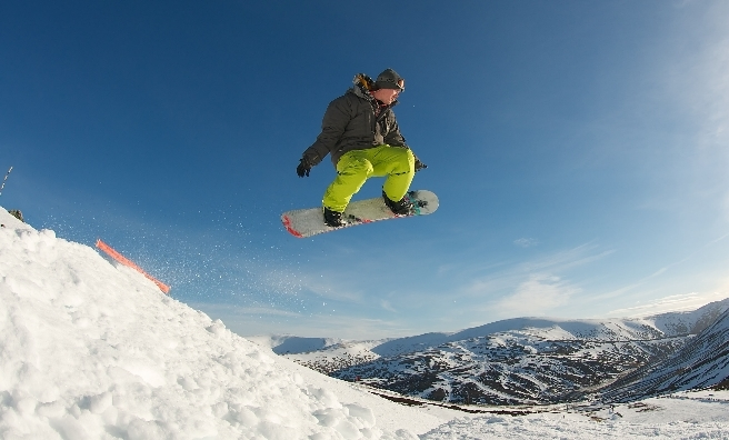 0c1e398264 Snowboarding at Glenshee. Image copyright Ski-Scotland and Steven McKenna  Photography