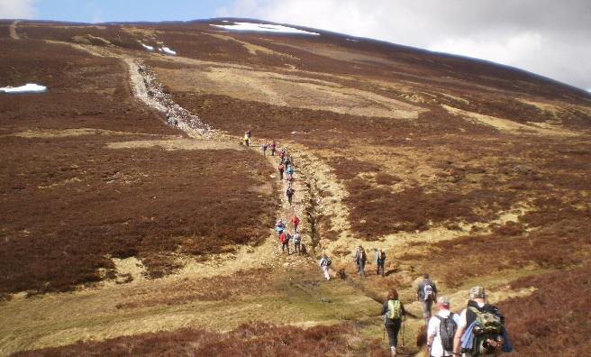 The steep climb to the plateau begins.