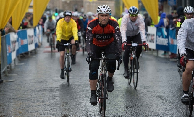 Setting off on the Marie Curie Cancer Care 2015 - Etape Caledonia