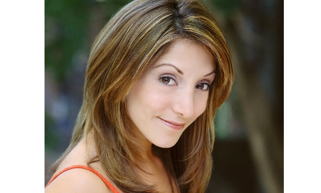 She's back! Broadway star Christina Bianco returns to Scotland for Tonight From The West End.
