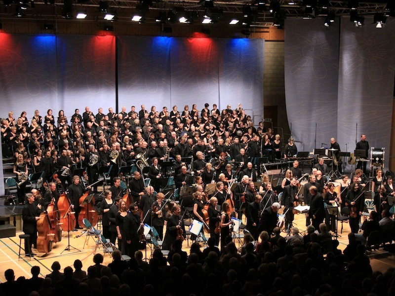 The BBC Scottish Symphony Orchestra and the St Magnus Festival Choir at the 2010 Festival.