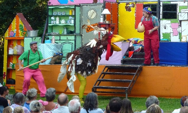 George's Marvellous Medicine - a recent picnic play at Glamis Castle