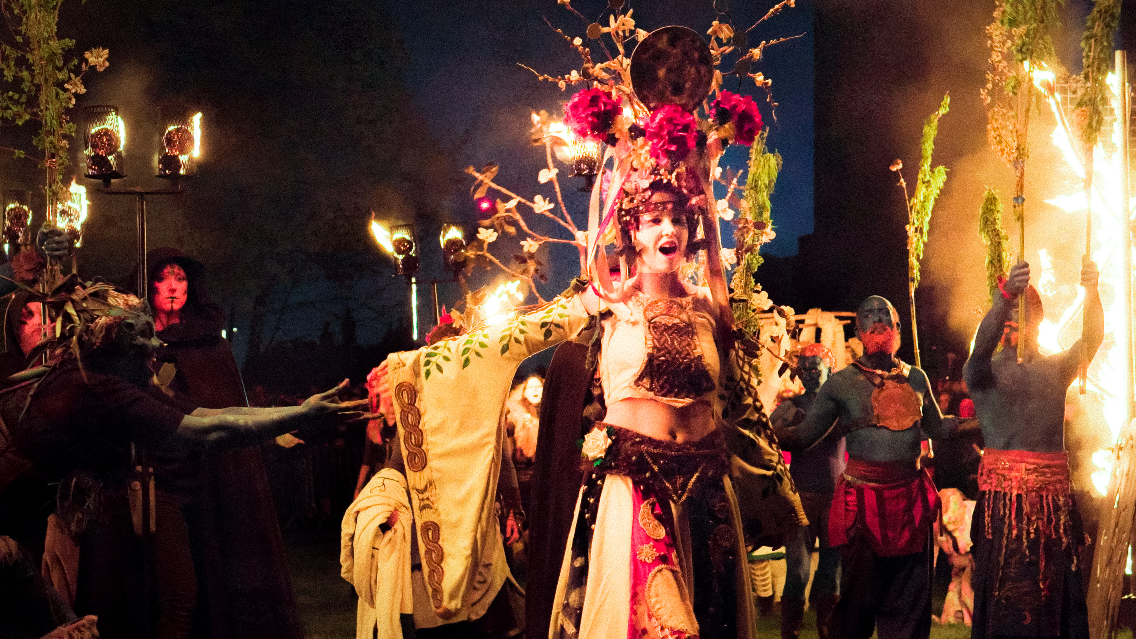 The May Queen leading the procession. Copyright Duncan Reddish for Beltane Fire Society. All Rights Reserved. www.beltane.org / www.facebook.com/beltanefiresociety